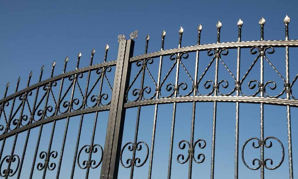 10 Top Benefits: Why should we choose Wrought Iron gates?